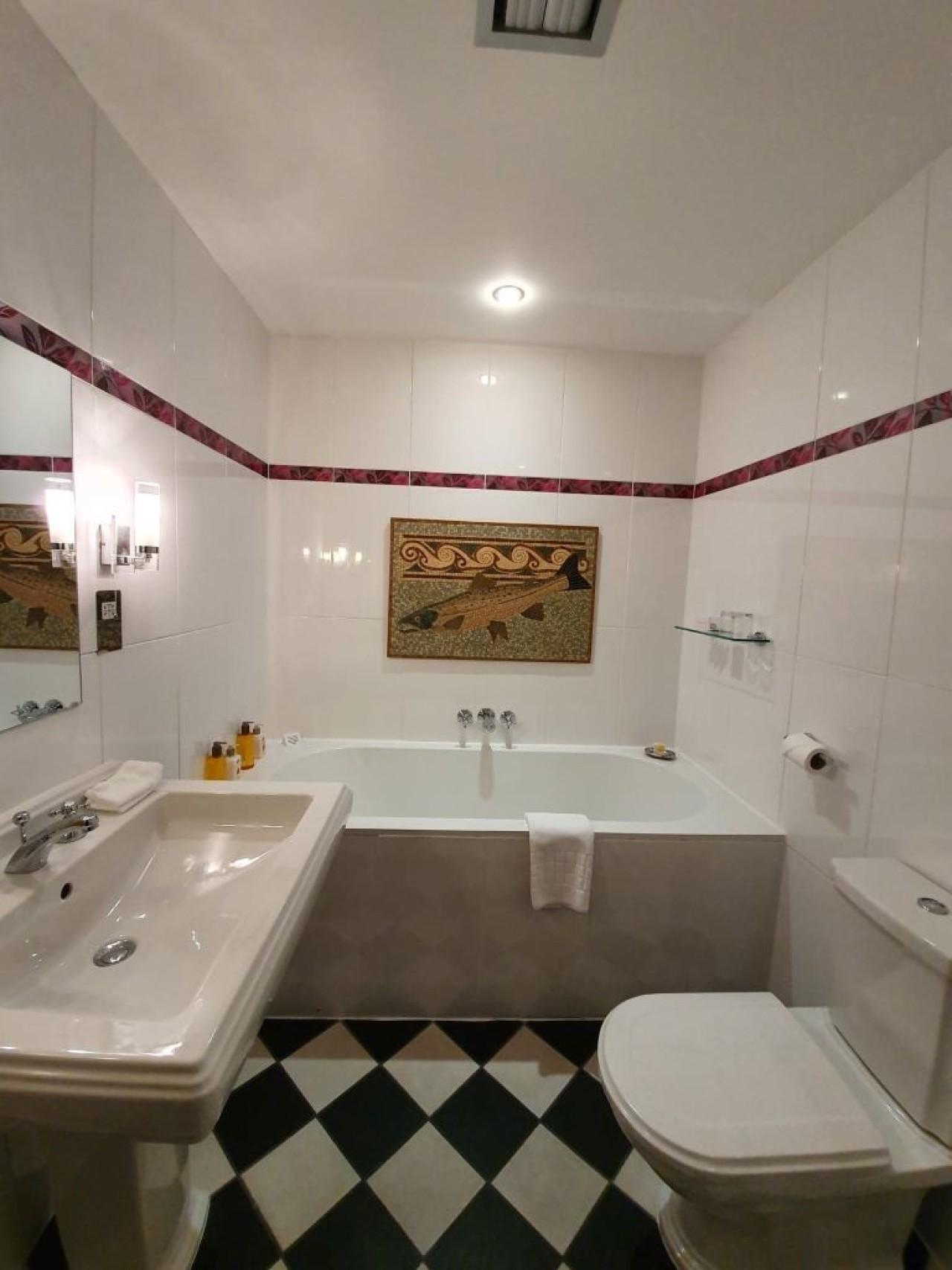 Plantikroe Bathroom