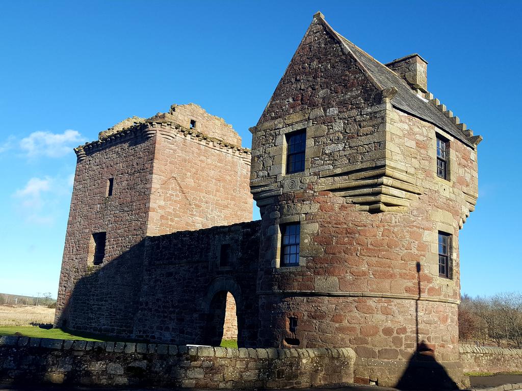 Activity Burleigh Castle