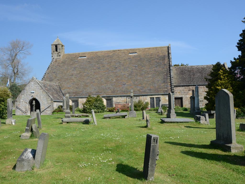 Activity Aberdour Church