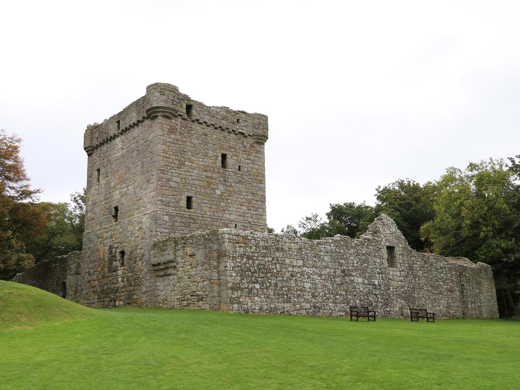 Activity Lochleven Castle