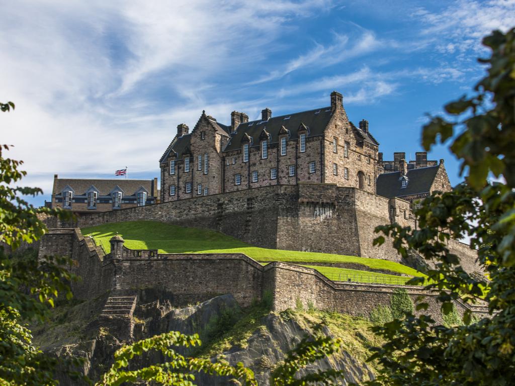 Activity Edinburgh Castle