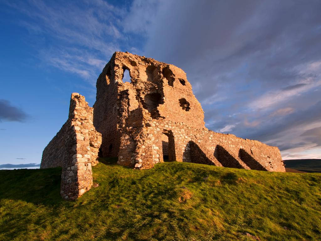 Activity Auchindoun Castle