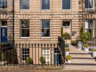 Crescent House in Edinburgh, Scotland