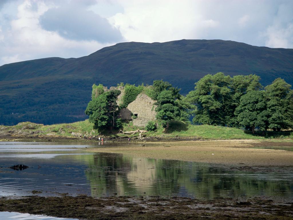 Activity Old Lachlan Castle