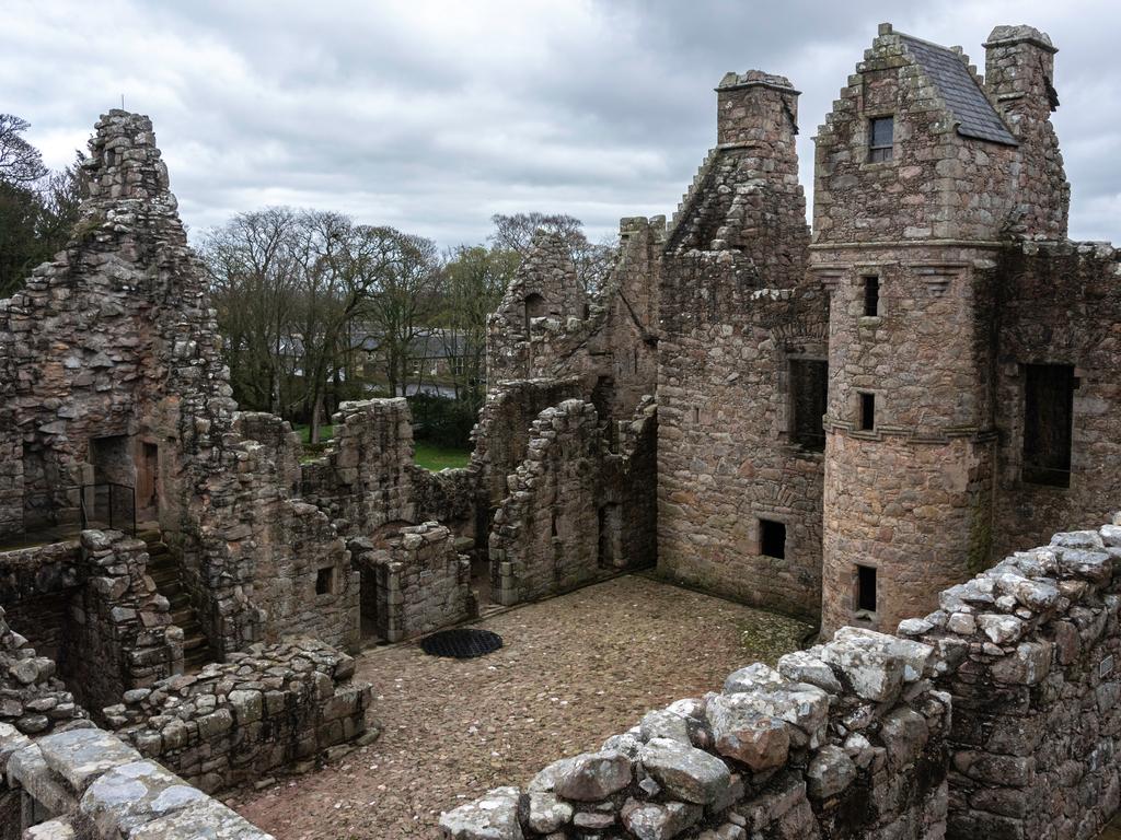 Activity Tolquhon Castle